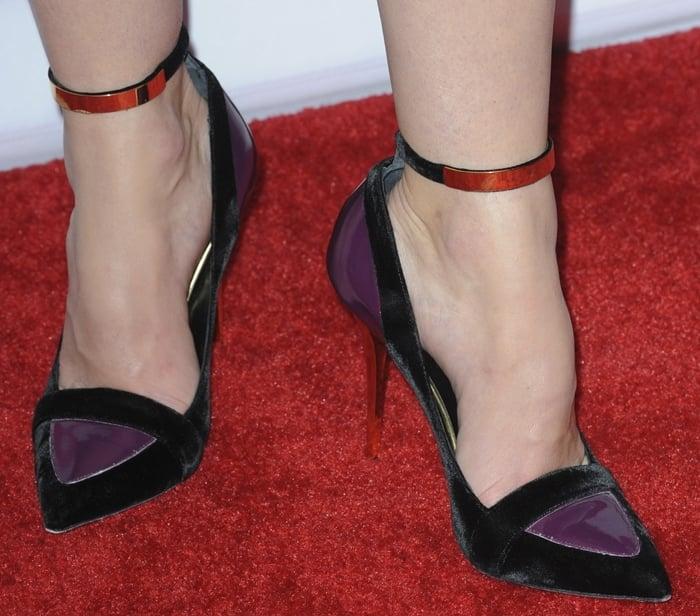 Jessica Biel's feet are shoe size 9 (US)