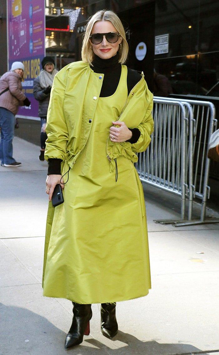 Kristen Bell arrives at Good Morning America studios on February 21, 2020