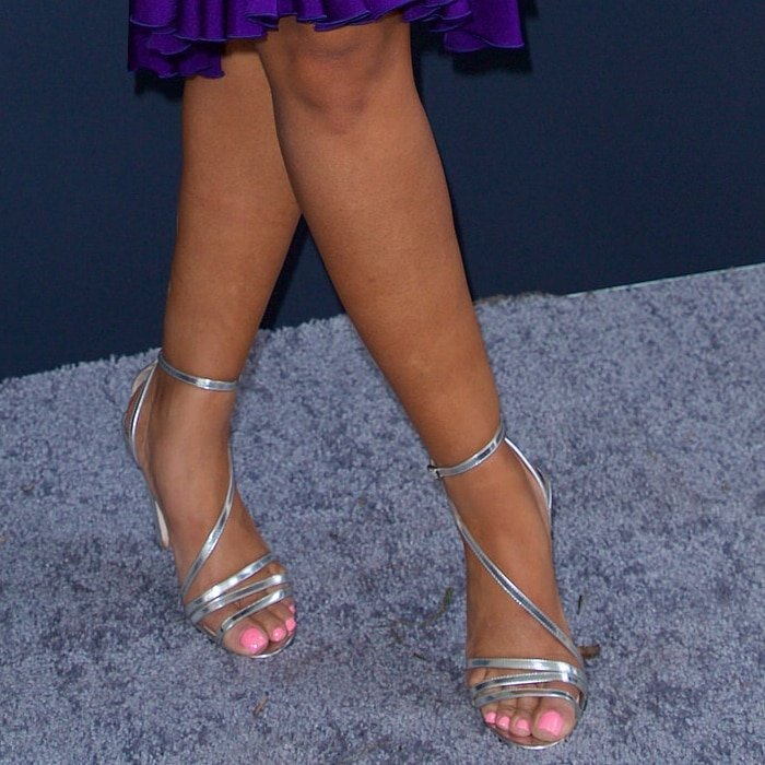 Cardi B's sexy feet are shoe size 6 (US)