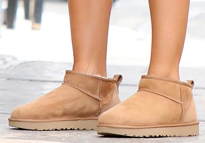Emily Ratajkowski teams her athleisure lounge look with UGG boots