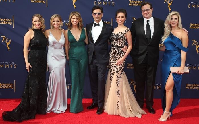 Actors Andrea Barber, Candace Cameron Bure, Lori Loughlin, John Stamos, Caitlin McHugh, Bob Saget, and Kelly Rizzo