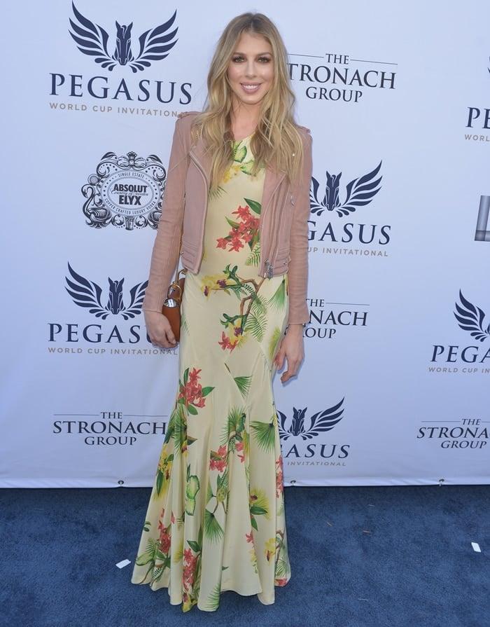 Hannah Selleck attends The $16 Million Pegasus World Cup Invitational