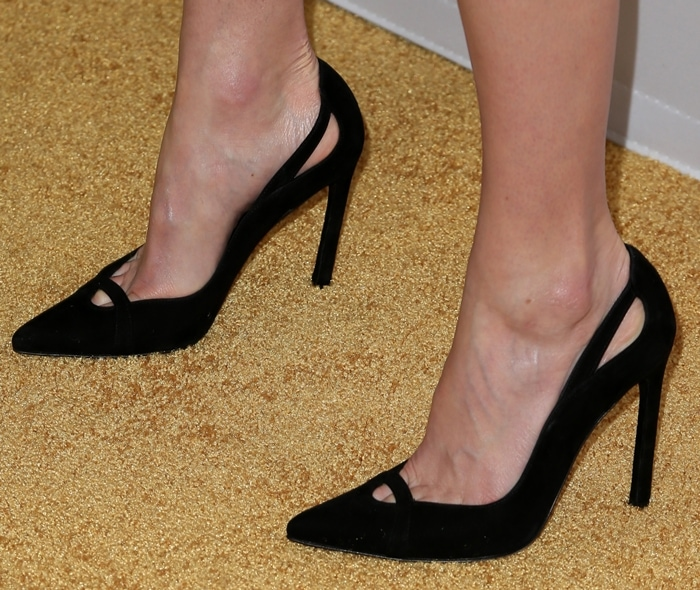 Kate Bosworth's feet are shoe size 8 (US)