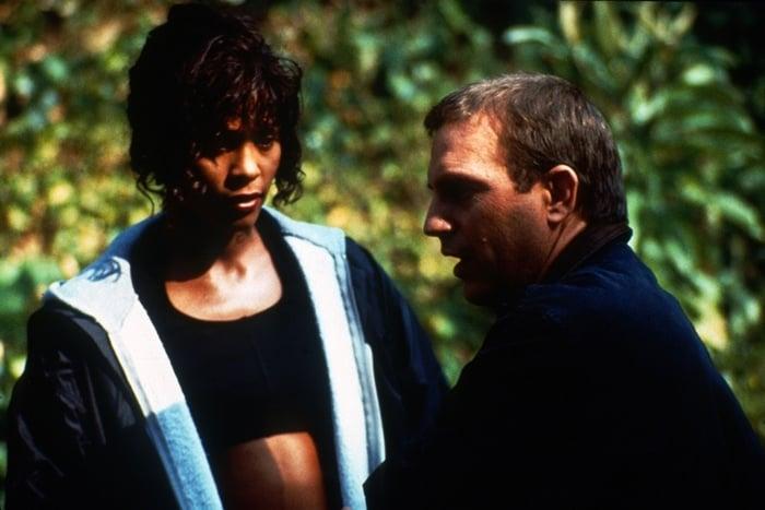 Whitney Houston as Rachel 'Rach' Marron and Kevin Costner as Frank Farmer in The Bodyguard
