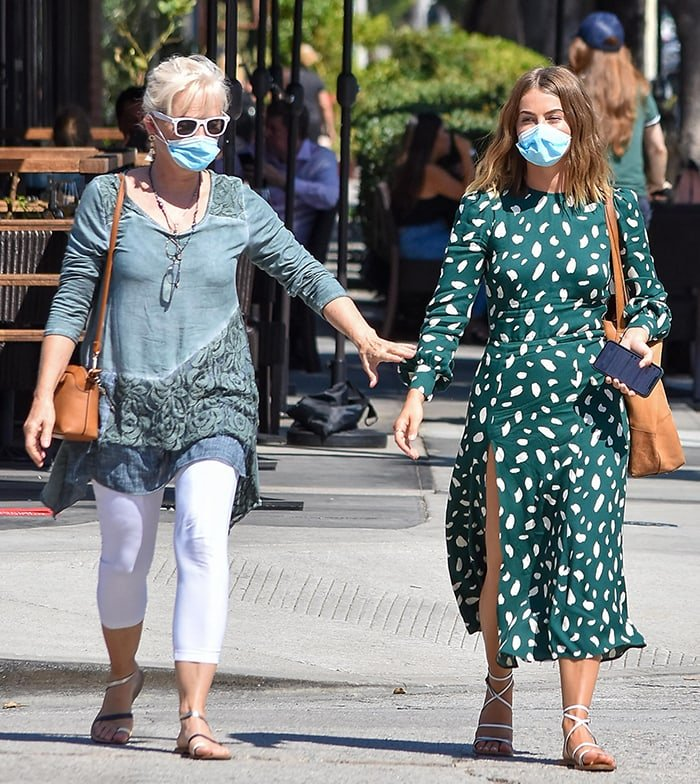 Julianne Hough takes her mom Marriann Hough out on a lunch date in Los Angeles on September 4, 2020