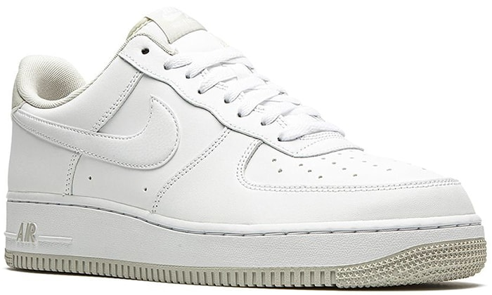 These light-bone Nike Air Force 1 '07 low-top sneakers are the pair that you've been waiting for