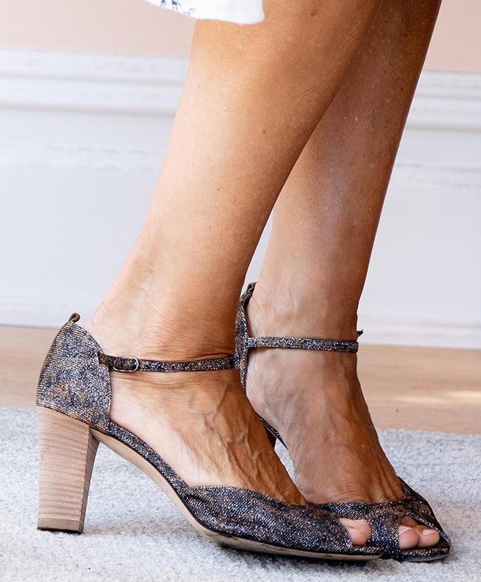 Sarah Jessica Parker shows off her feet in SJP Ursula peep-toe pumps