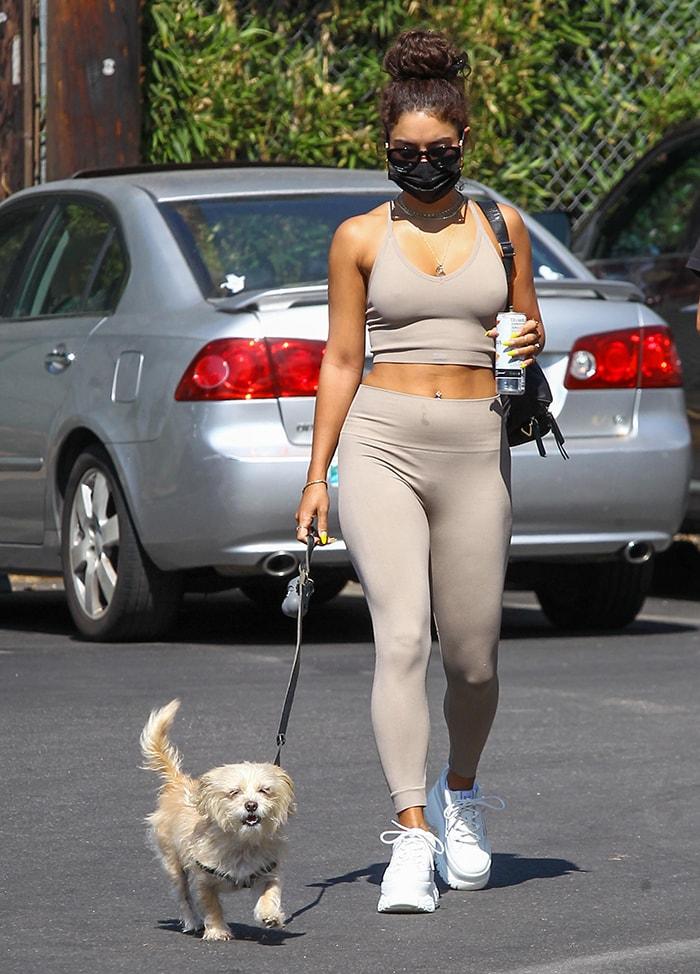 Vanessa Hudgens goes braless in Set Active crop top and leggings