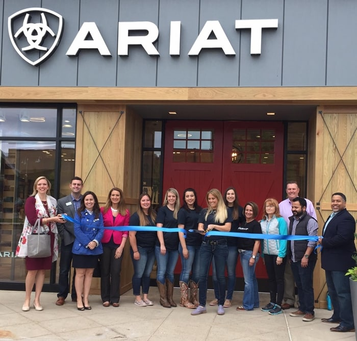 In April 2017, Ariat opened a retail store in The Summit at Fritz Farm, a shopping mall in Lexington, Kentucky