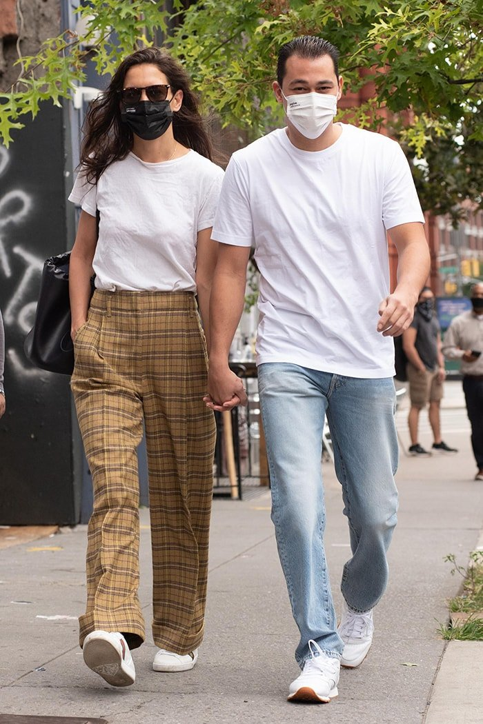 Katie Holmes and Emilio Vitolo Jr. holding hands while walking around SoHo in New York City on October 1, 2020