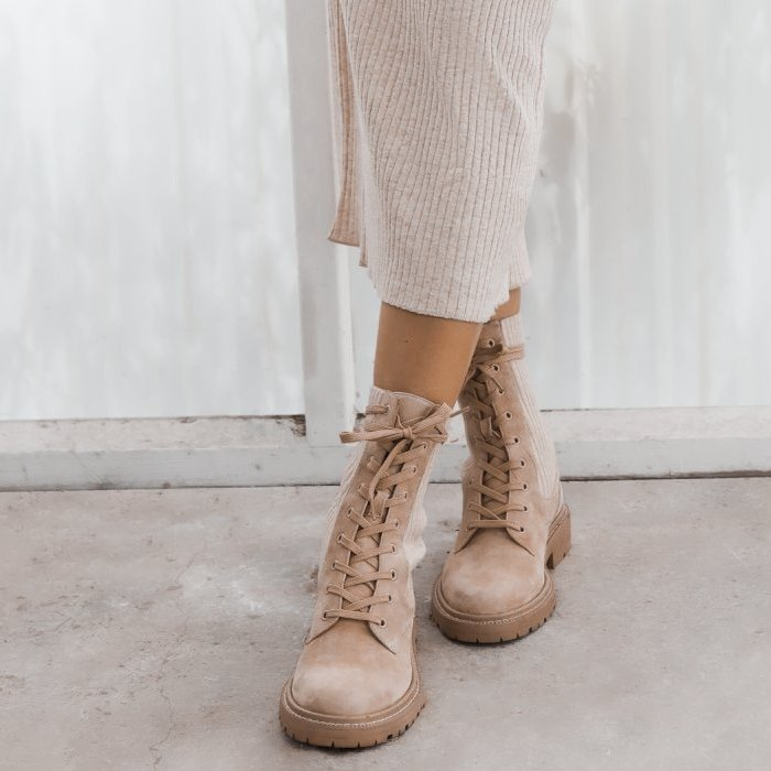This ultra-comfortable pair of Sam Edelman lace-up boots are crafted from suede and feature soft, knit panels