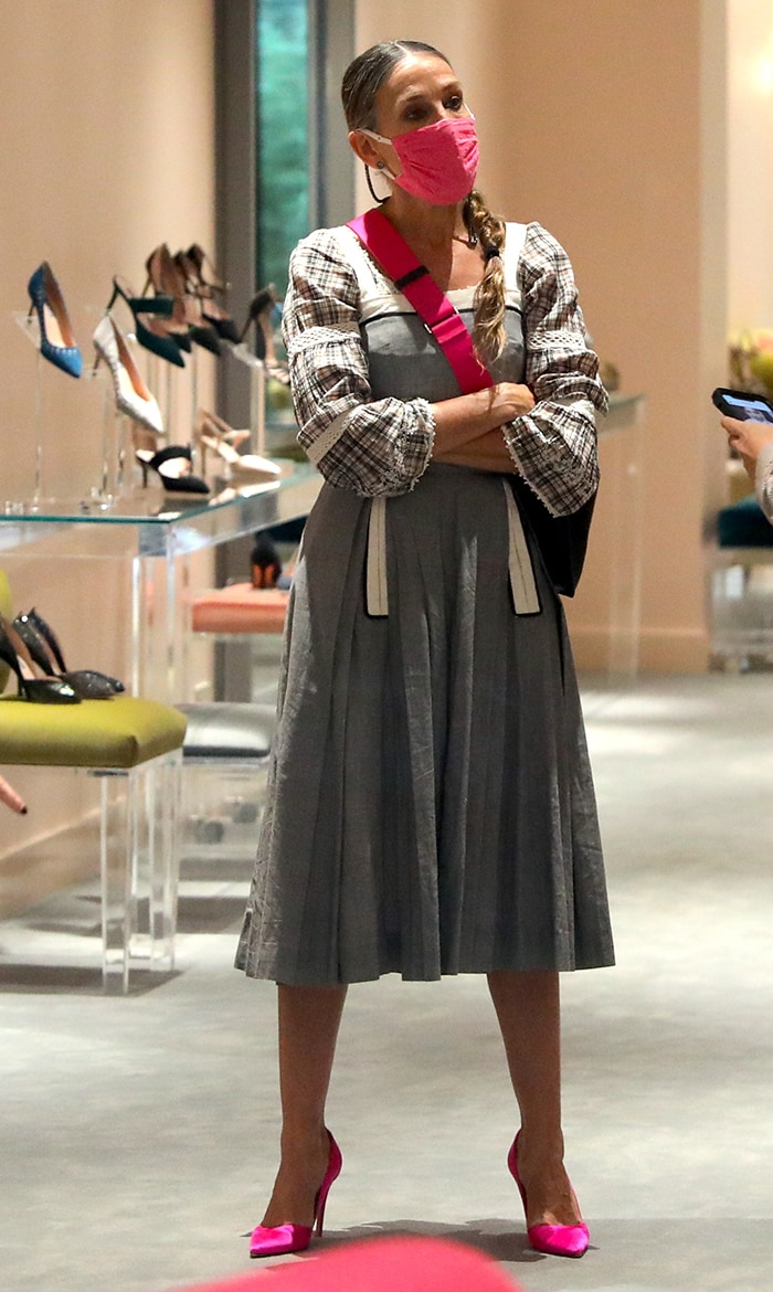 Sarah Jessica Parker in an apron-style dress at her shoe store on October 2, 2020