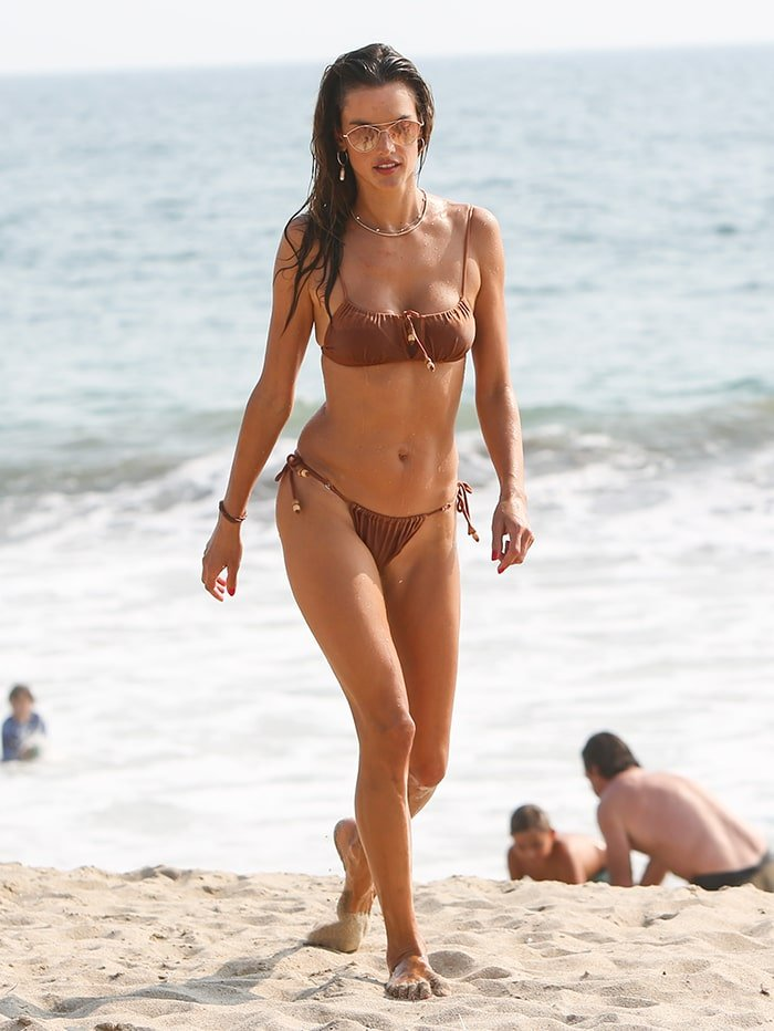 Alessandra Ambrosio puts her curves on display in a two-piece bikini