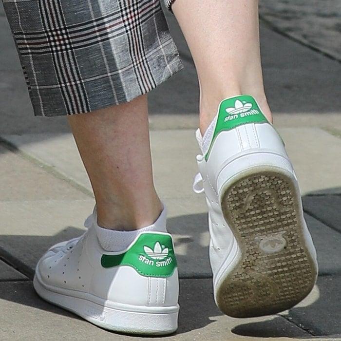 Suranne Jones wearing Adidas Stan Smith tennis shoes