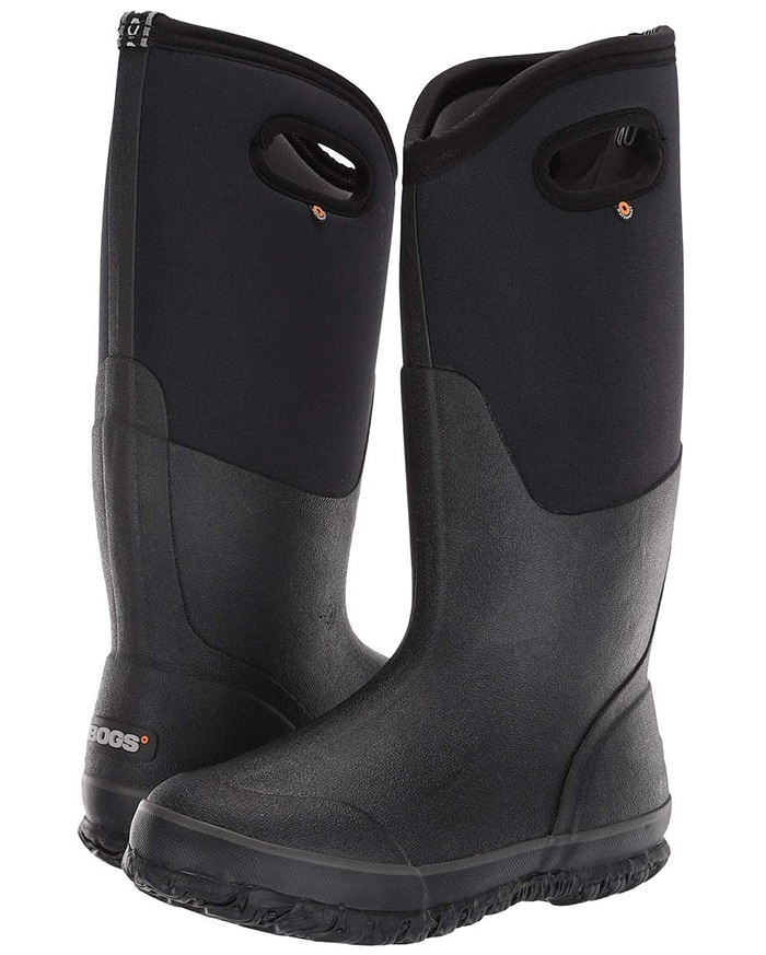 Puddles mean nothing when you're wearing the Classic High Handles rain boot from Bogs