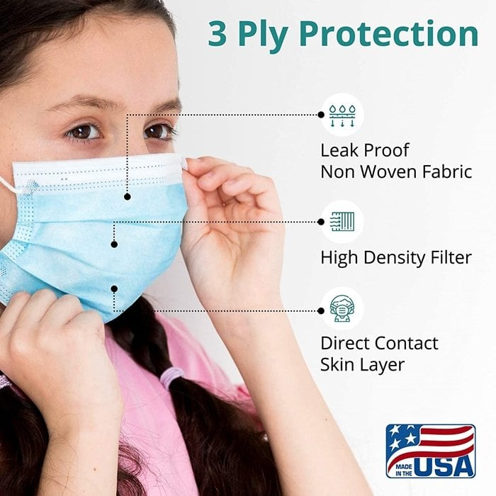 Made with premium materials to ensure quality, this face mask is ideal as a hospital or procedural mask and more