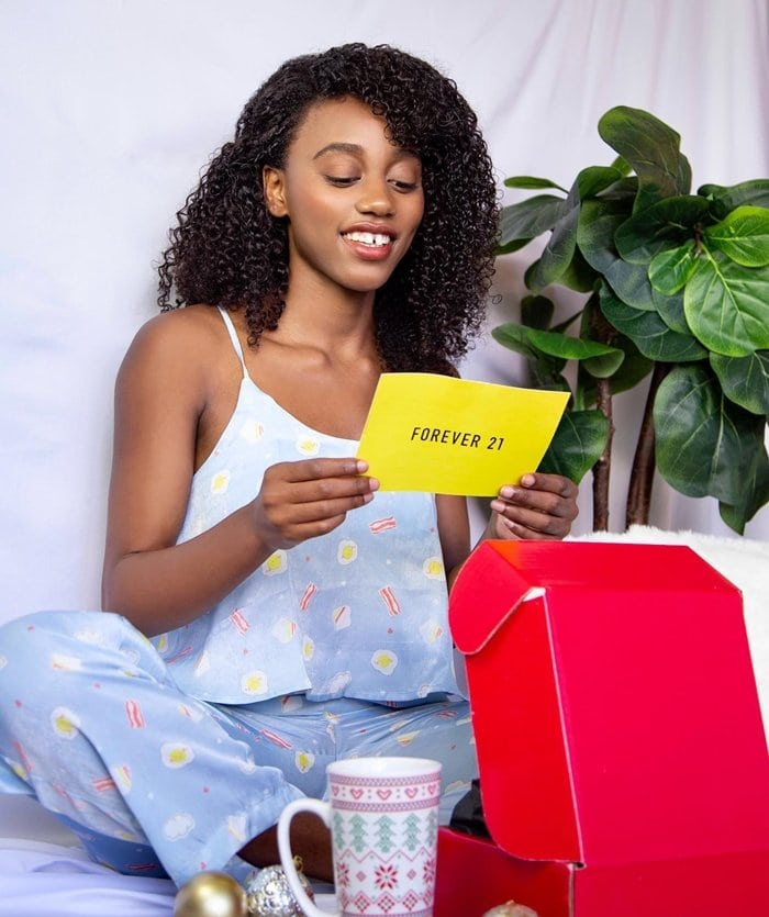 In December 2020 Forever 21 joined Jamaicia James and others to raise $1 million for the Boys & Girls of America to help change and save lives