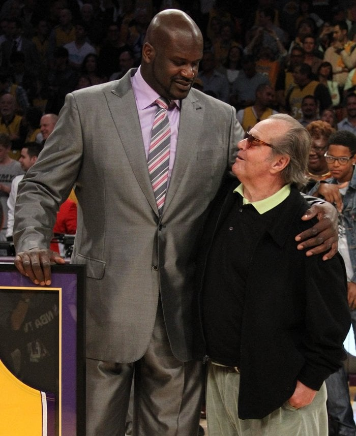 Former NBA player Shaquille O'Neal towers over actor Jack Nicholson