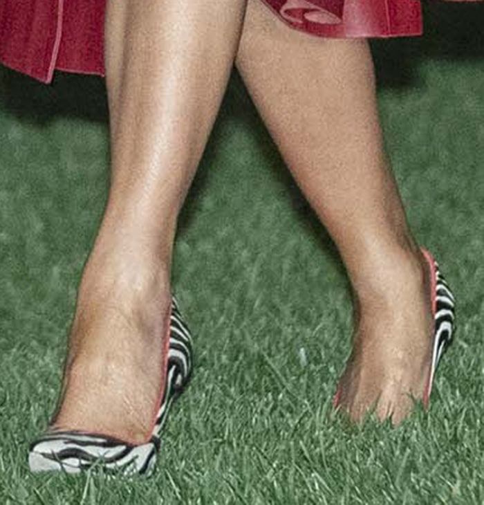 Melania Trump shows off her size 10.5 (US) size feet in Manolo Blahnik BB zebra pumps