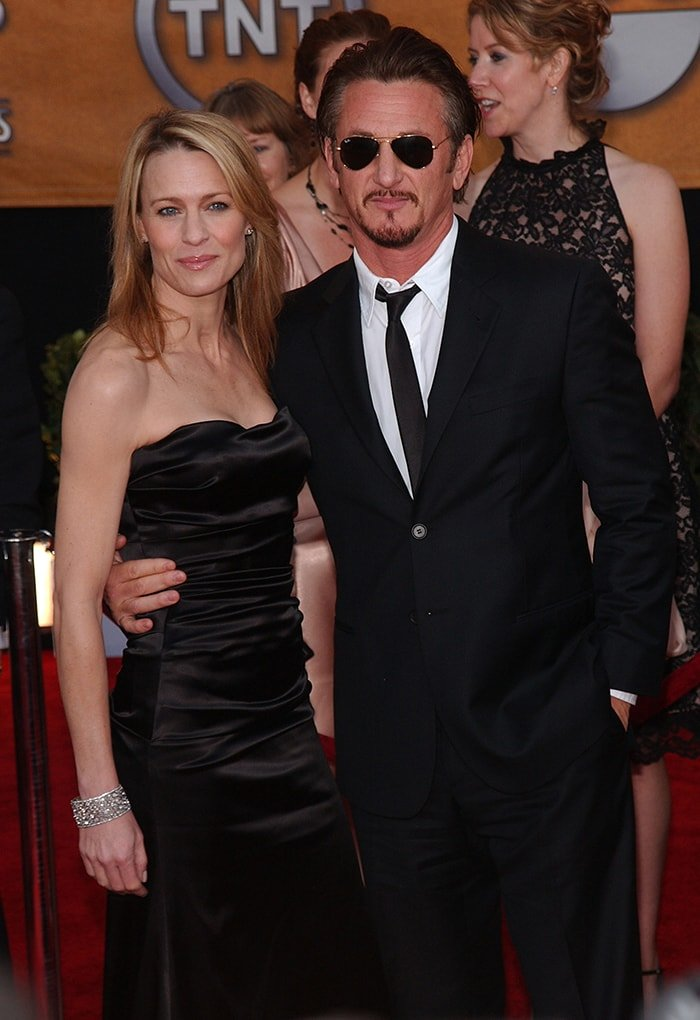 Robin Wright and ex-husband Sean Penn pictured in 2009 at the 15th Annual Screen Actors Guild Awards