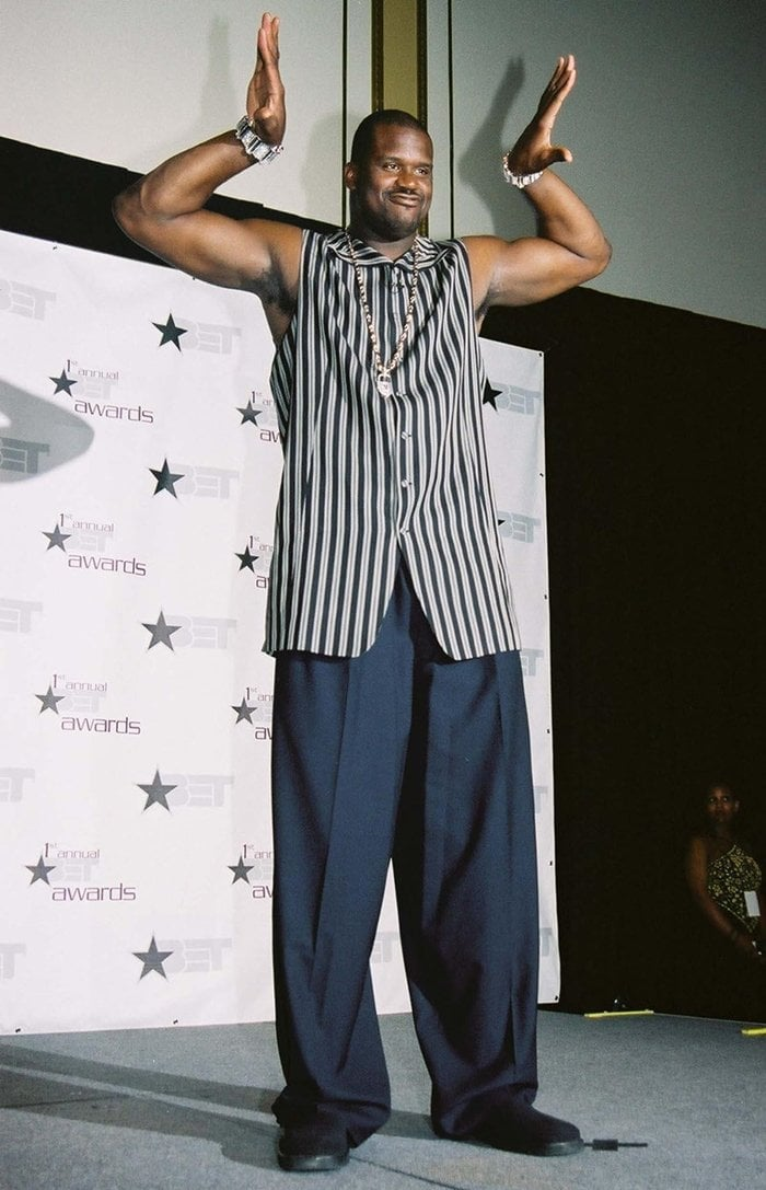 Shaquille O'Neal poses during the 1st Annual BET Awards