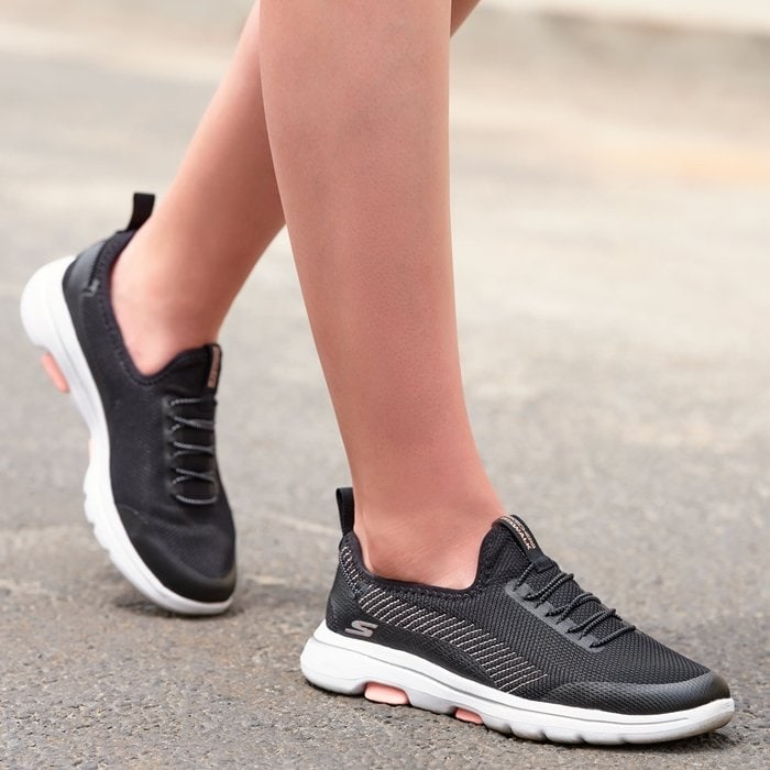 A leader in walking shoe technology, Skechers continues to innovate with the Skechers GOwalk shoes