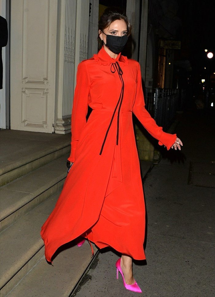 Victoria Beckham leaving her Dover Street store after an interview with Lorraine's Mark Heyes on December 7, 2020