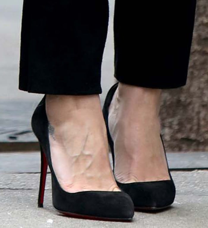 Hilary Duff completes her look with Christian Louboutin Pigalle pumps