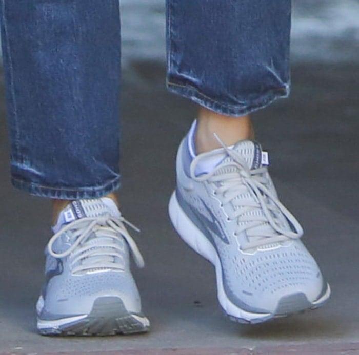 Jennifer Garner wearing Brooks Ghost 13 running shoes