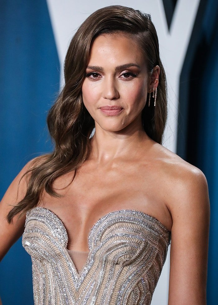 Jessica Alba looks sexy in her cleavage baring Versace gown at the 2020 Vanity Fair Oscar Party on February 9, 2020