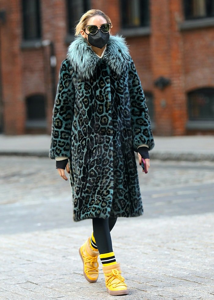 Olivia Palermo steps out for a solo stroll in Brooklyn on January 19, 2021