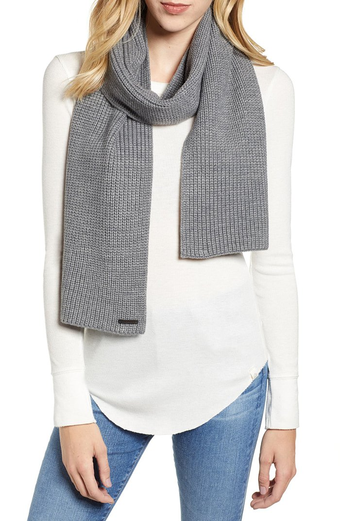 All Saints' cardigan scarf is a comfortable and stylish way to wear a cardigan