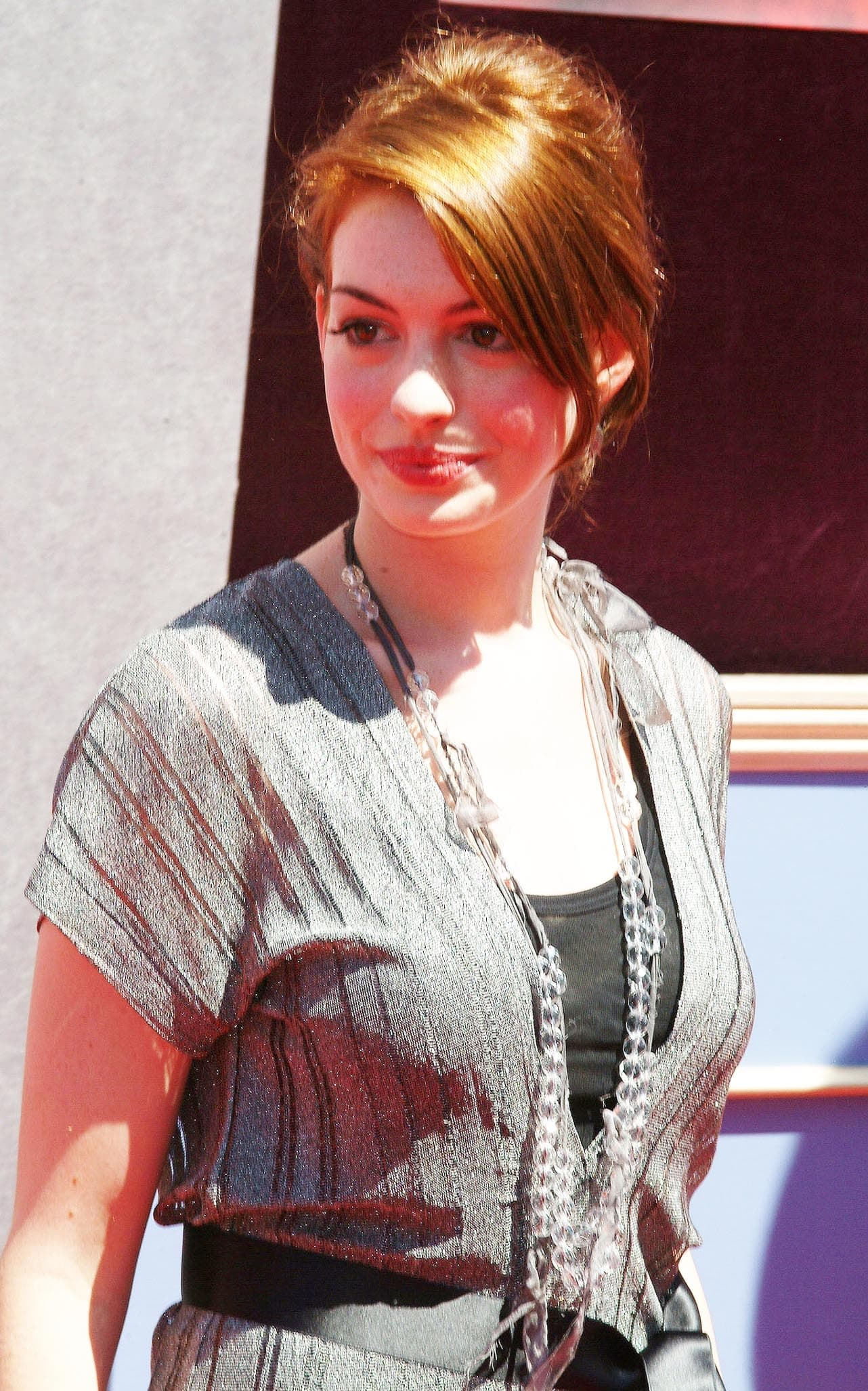 21-year-old actress Anne Hathaway at the Disney premiere The Princess Diaries 2: The Royal Engagement