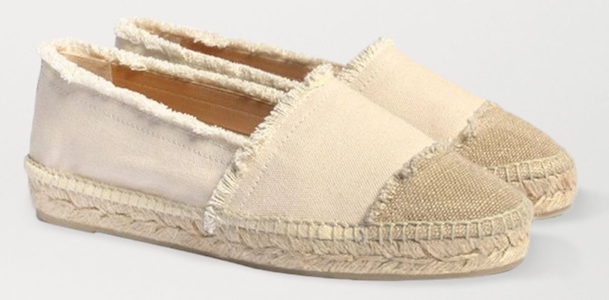 Look summer-chic with Castañer Kampala espadrilles and a pair of leggings