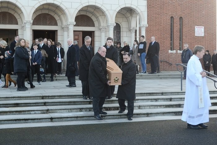 The etiquette for funeral attire is generally the same for both men and women