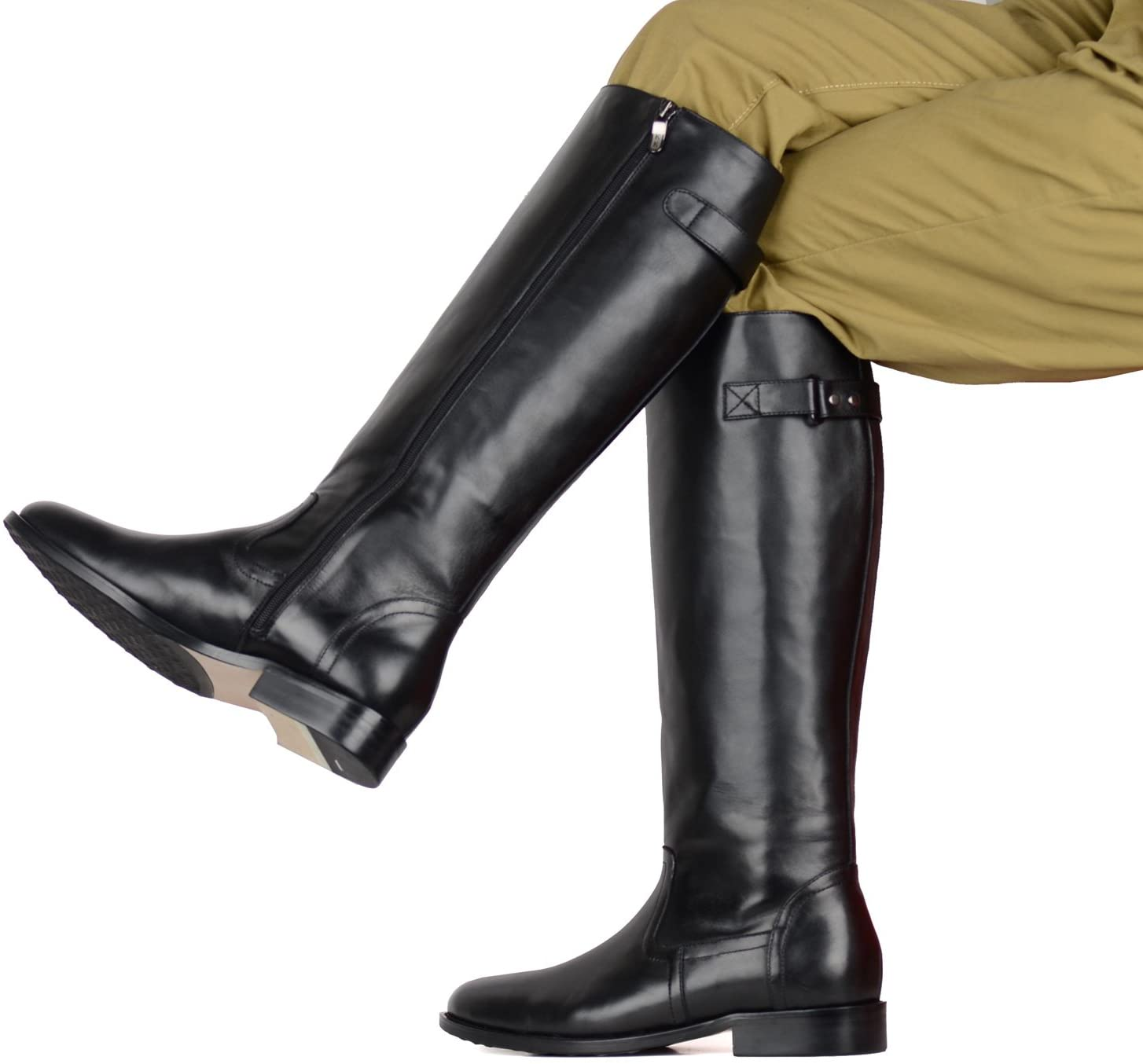 Riding boots became popular in the 1600s as part of the military uniform