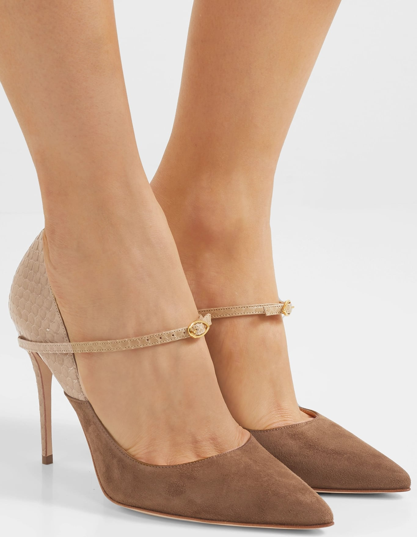 This Jennifer Chamandi stiletto heel is threaded with a removable Mary Jane strap and measured to the millimeter to minimize pressure on your soles
