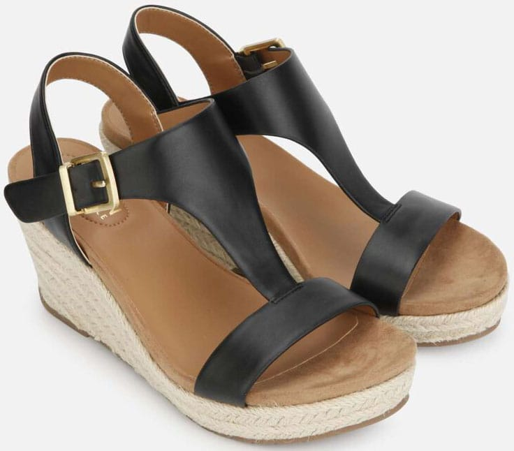 Wear the Kenneth Cole Card espadrilles to finish off a chic summer outfit