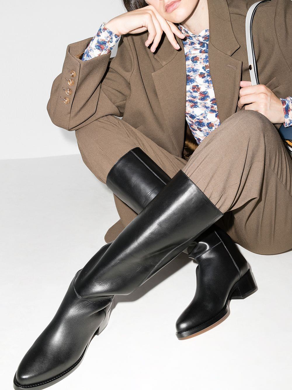 Channel your inner royal with the Legres classic minimalist riding boots