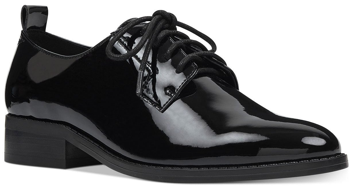A sleek retro shoe that can jazz up just about any look