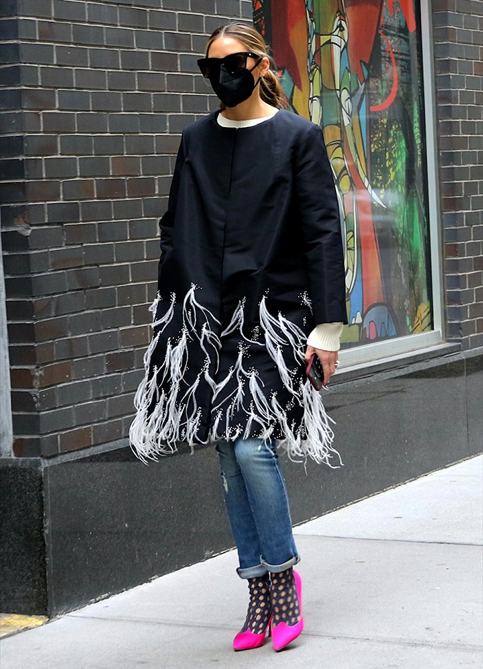 Olivia Palermo goes for a solo stroll in Dumbo, Brooklyn on January 27, 2021
