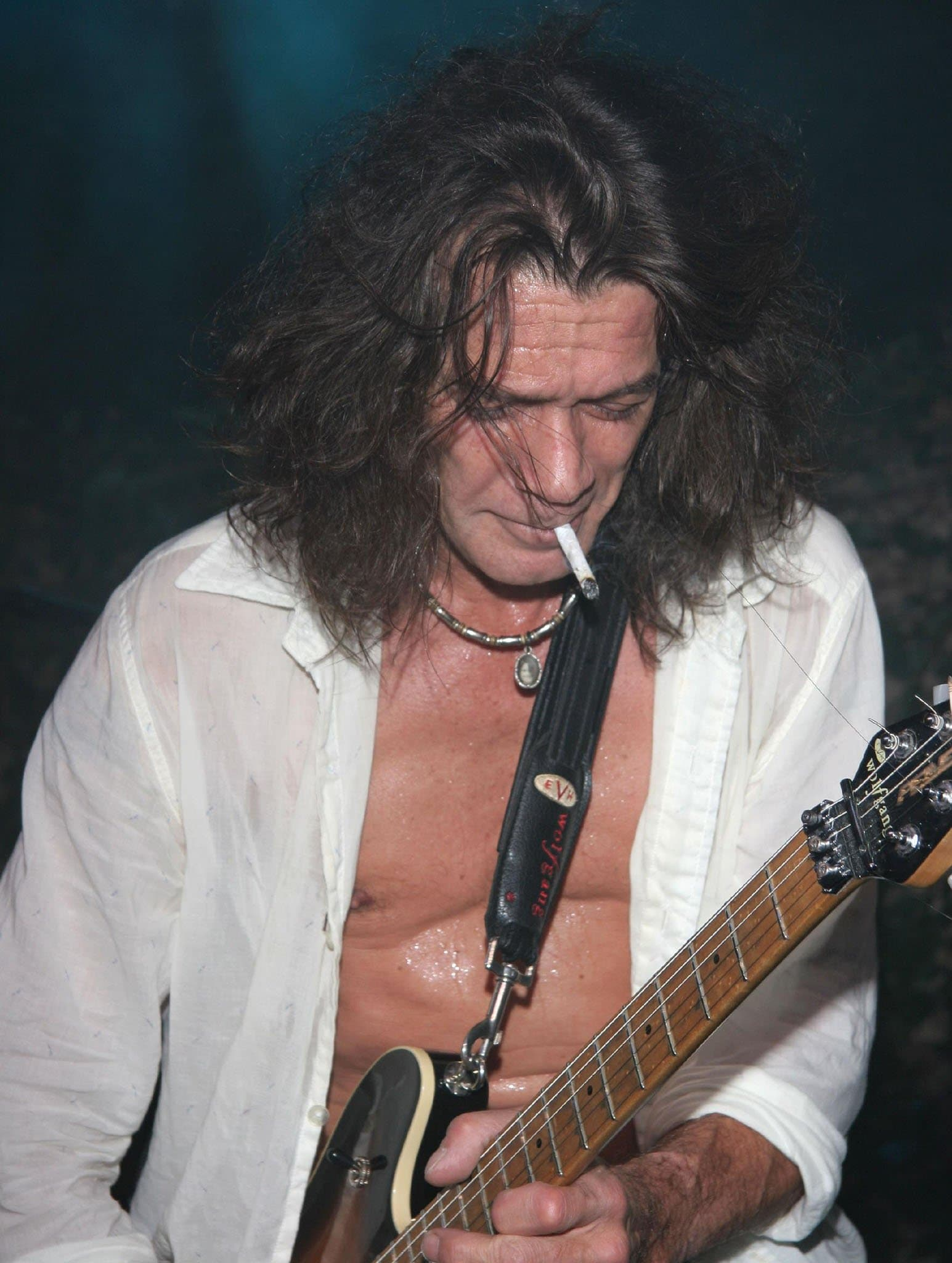 Eddie Van Halen believed that the metal picks he always had in his mouth, in addition to heavy cigarette, alcohol, and drug use, caused his cancer