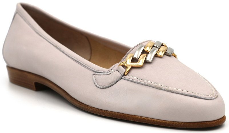 The Rangoni Firenze Oste is a perfect finish for a chic and sleek day to evening look