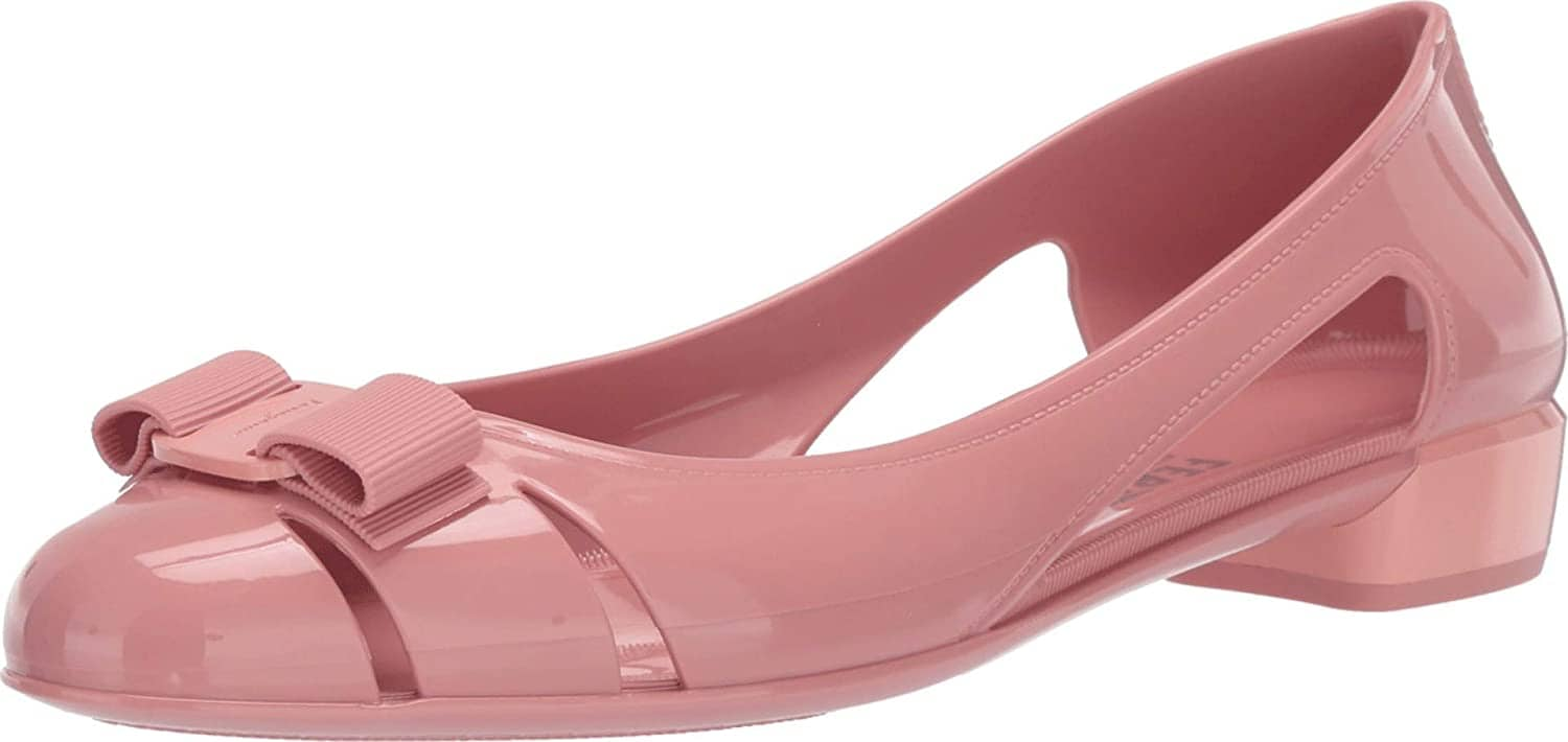 These super feminine Salvatore Ferragamo Vara flats have a bow detail and side cutouts
