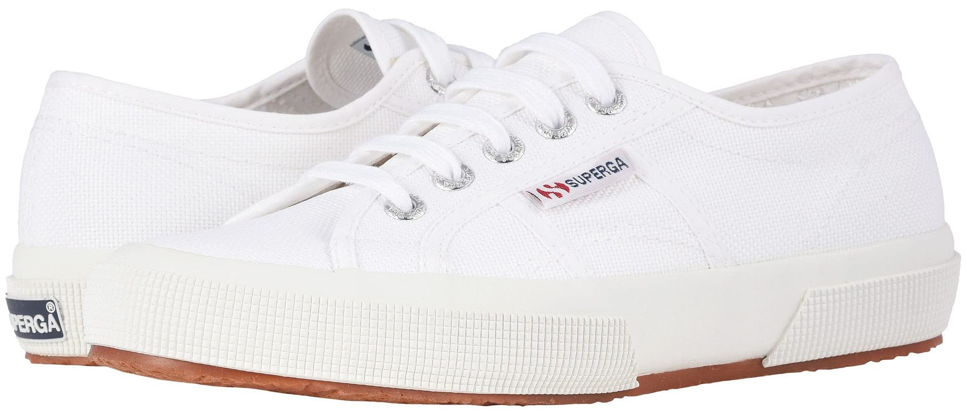 The Superga 2750 Classic sneakers feature sturdy cotton unlined canvas upper and natural rubber outsole