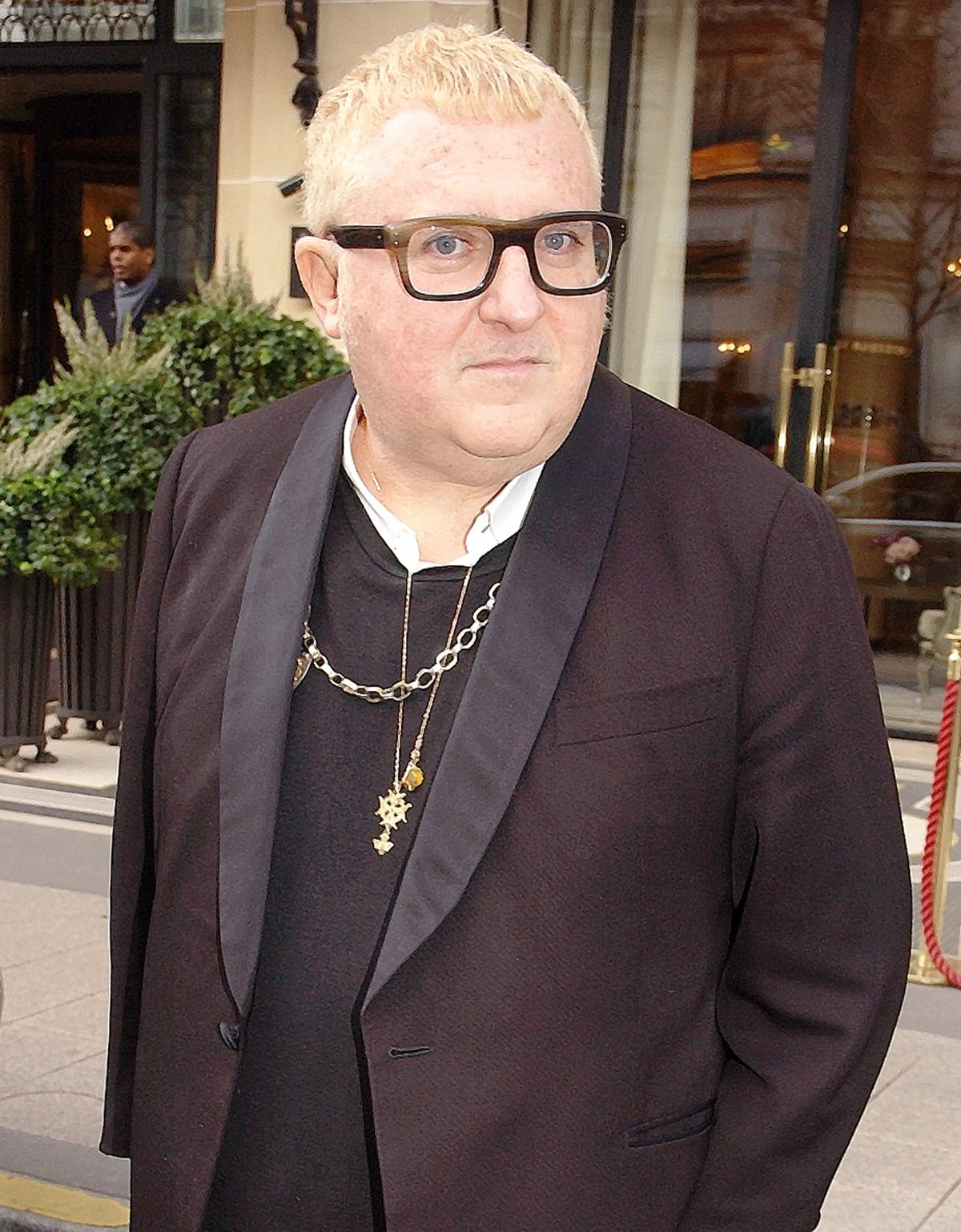 Alber Elbaz worked at Yves Saint Laurent from 1998 before starting a 14-year tenure as creative director at Lanvin in 2001