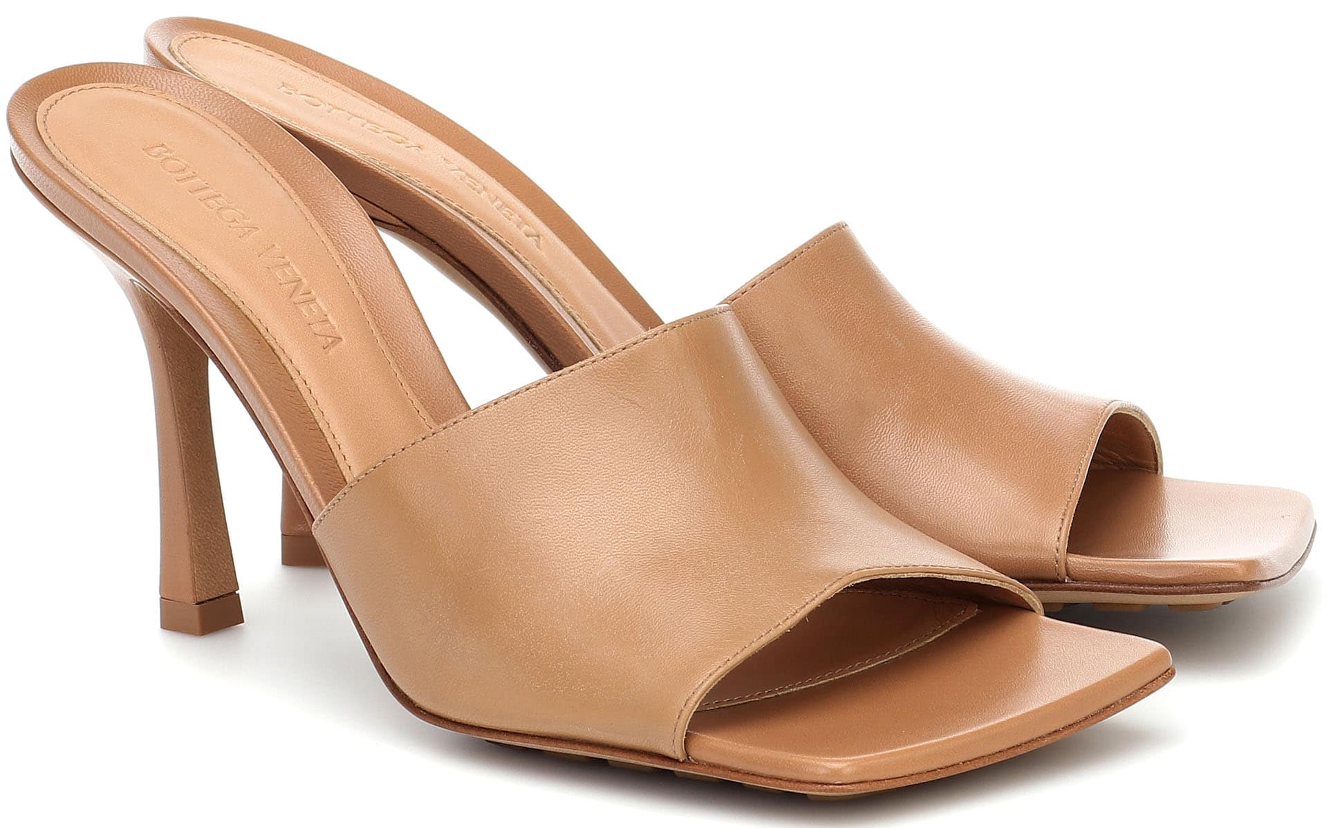 The open square toes add a modern finish to these simple and classic Bottega Veneta Stretch lamb leather slip-on sandals
