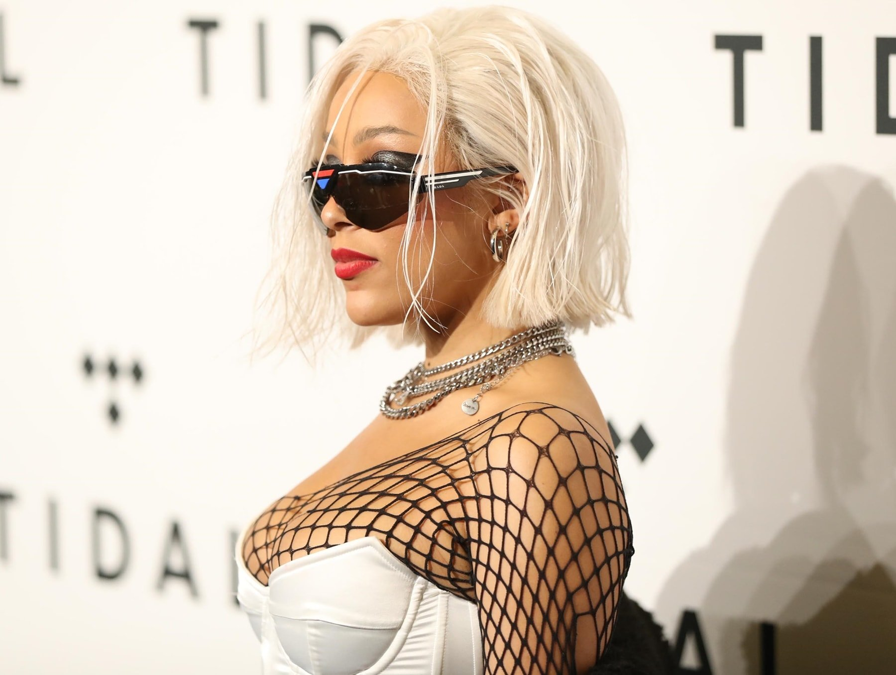 Doja Cat promised to show her boobs if her Nicki Minaj collaboration 'Say So' hit number one