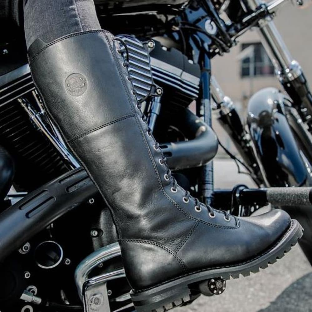 The Harley-Davidson Walfield riding boots with sturdy metal eyelets