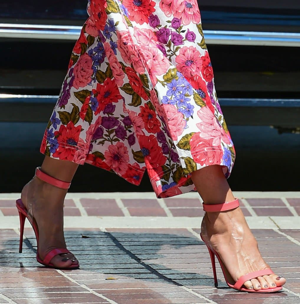 Heidi Klum completes the girly theme of her look with pink Christian Louboutin Jonatina sandals